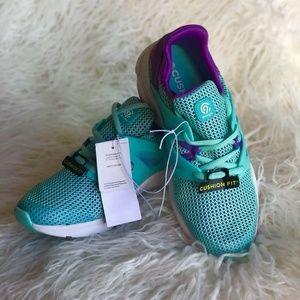 C9 Champion Girls Performance Sneakers Sz 5